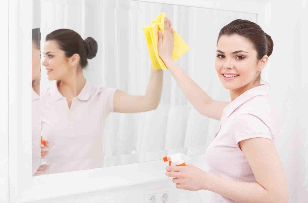 Cleaning Mirror in Campbell, CA